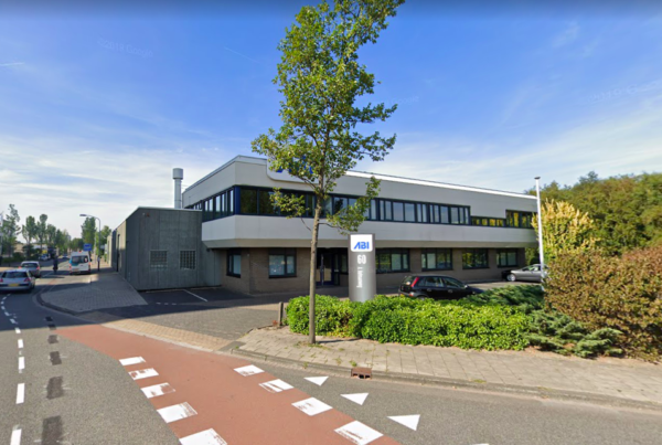 Het huidige pand van ABI aan de A. Hofmanweg